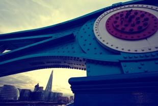 Architecture  London Brigde